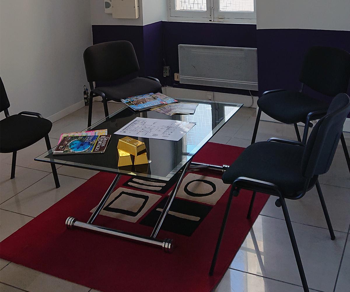 salle-attente-nostrador-1200x1000